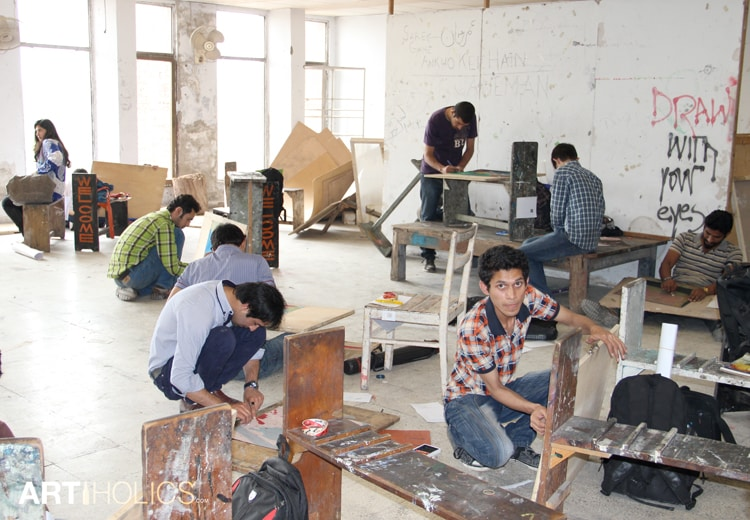 pakistan-art-scene-artiholics